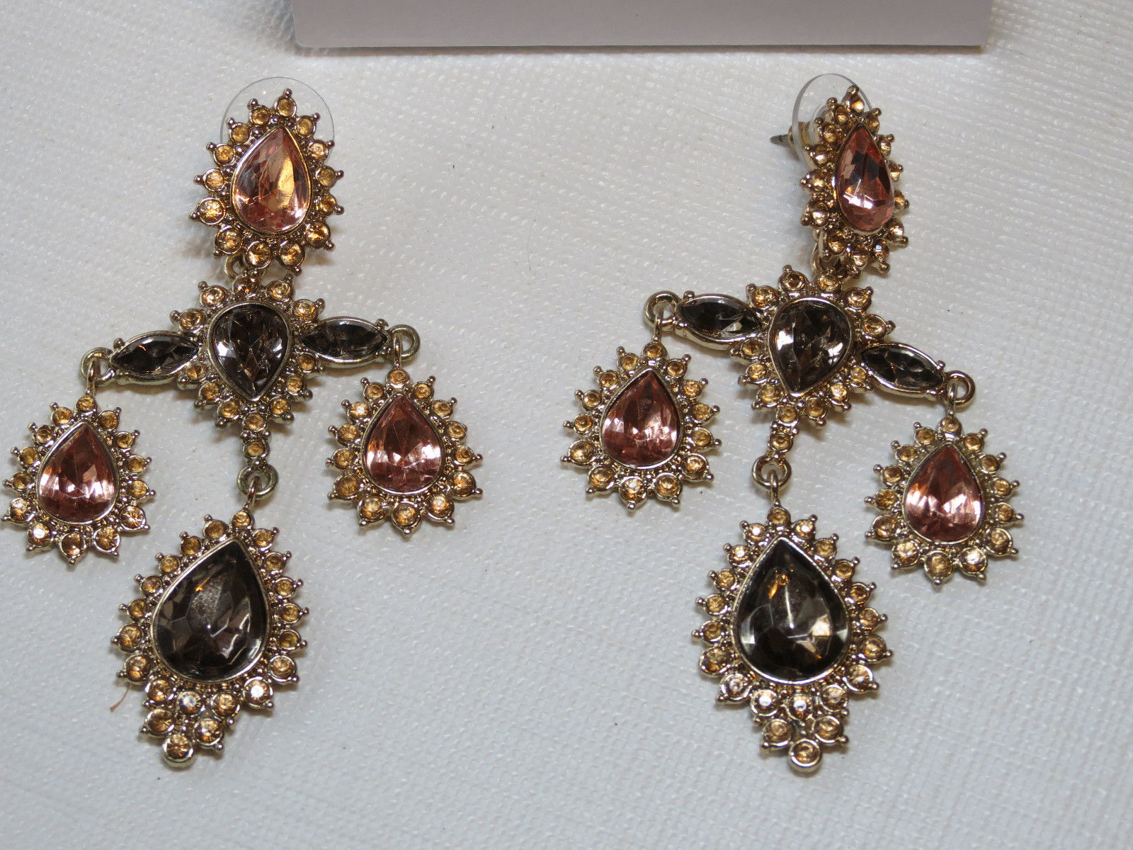 Ladies Womens Avon Gilded Empire Convertible Earrings goldtone F3879011 NIP;;