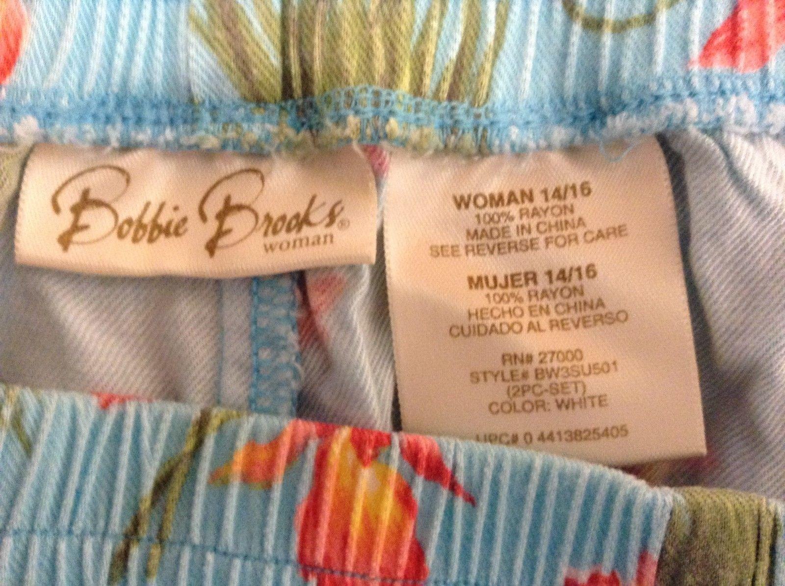 Bobbie Brooks Lt Blue Floral Pattern Shorts Sz 14/16