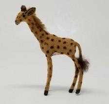 Vintage Wagner Kunstlerschutz Giraffe Animal Figure Label  - $18.80