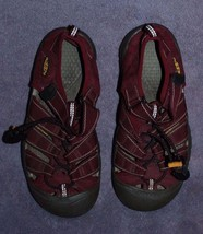 KEEN Kids Sandals Size 2 Rose Red Maroon - $19.99