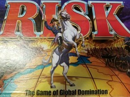 RISK BOARD GAME~PARKER BROTHERS~1999~VINTAGE & VERY COMPLETE !!! W/ ORIG... - $18.91