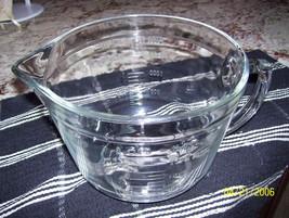 vintage Anchor Hocking 2 quart mixing /batter bowl measuring 8 cups - $30.00