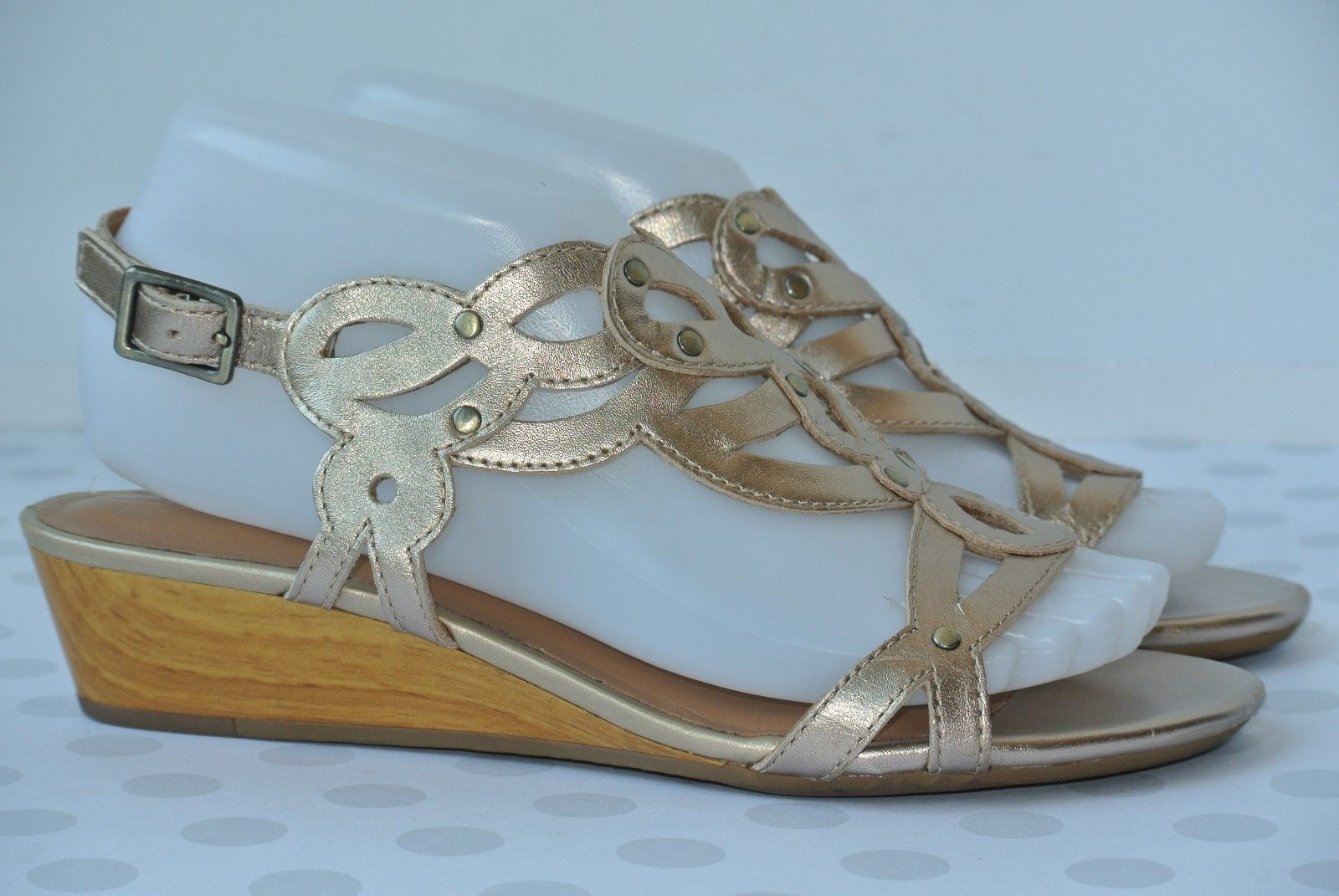 fc4b22d849c Clarks Playful Tunes Womens 7.5 M Gold Leather Studded Scroll Wedge Sandals