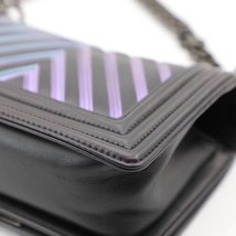 AUTH CHANEL SO BLACK IRIDESCENT LIMITED EDITION CHEVRON CALFSKIN SMALL BOY FLAP  image 6