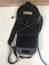 Camelbak Classic Hydration Pack 2L Reservoir 70 Oz Black Includes Bladde... - $508,65 MXN