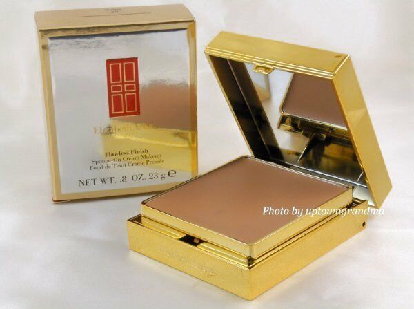Primary image for Elizabeth Arden Flawless Finish Sponge-On Foundation Makeup Vanilla 22