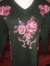 Womens Pullover Sweater Large Petite Embroidered Floral Vintage Padded S... - $18.99