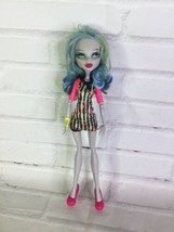 Mattel Monster High Ghoulia Yelps Doll With Outfit And Shoes 2008 - $15.83