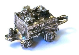 ORE CAR FIGURINE CAST WITH FINE PEWTER - Approx. 1 inches tall   (T165)