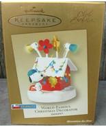 Hallmark Keepsake A Snoopy Christmas Woodstock On Doghouse Ornament Display - $24.00
