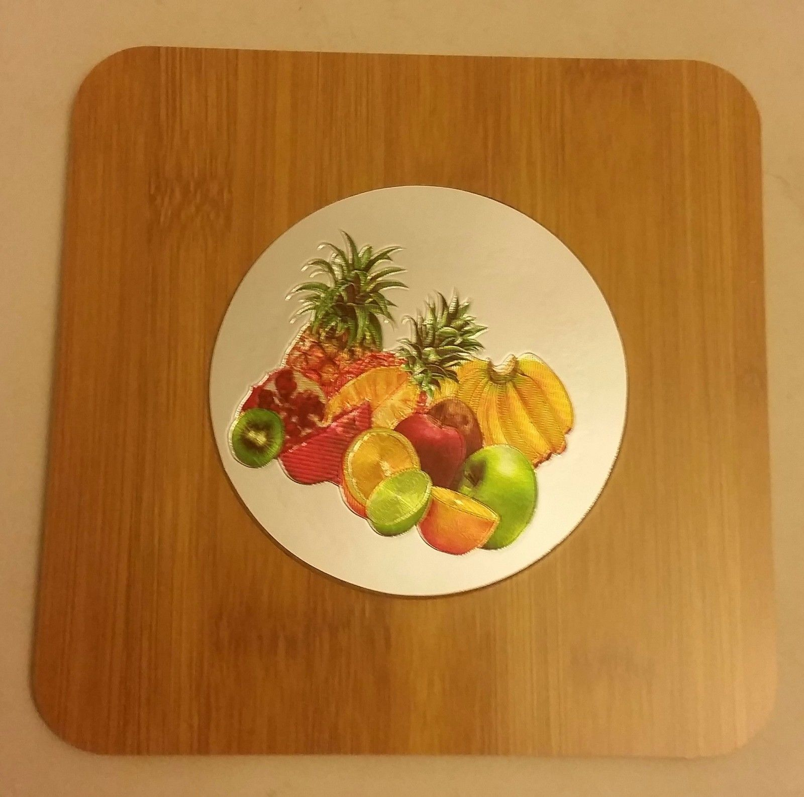 "Primary image for 1 Natural Bamboo Heat Pad, Kitchen Decor, 3D FRUITS, round, approx. 7"" x 7"""