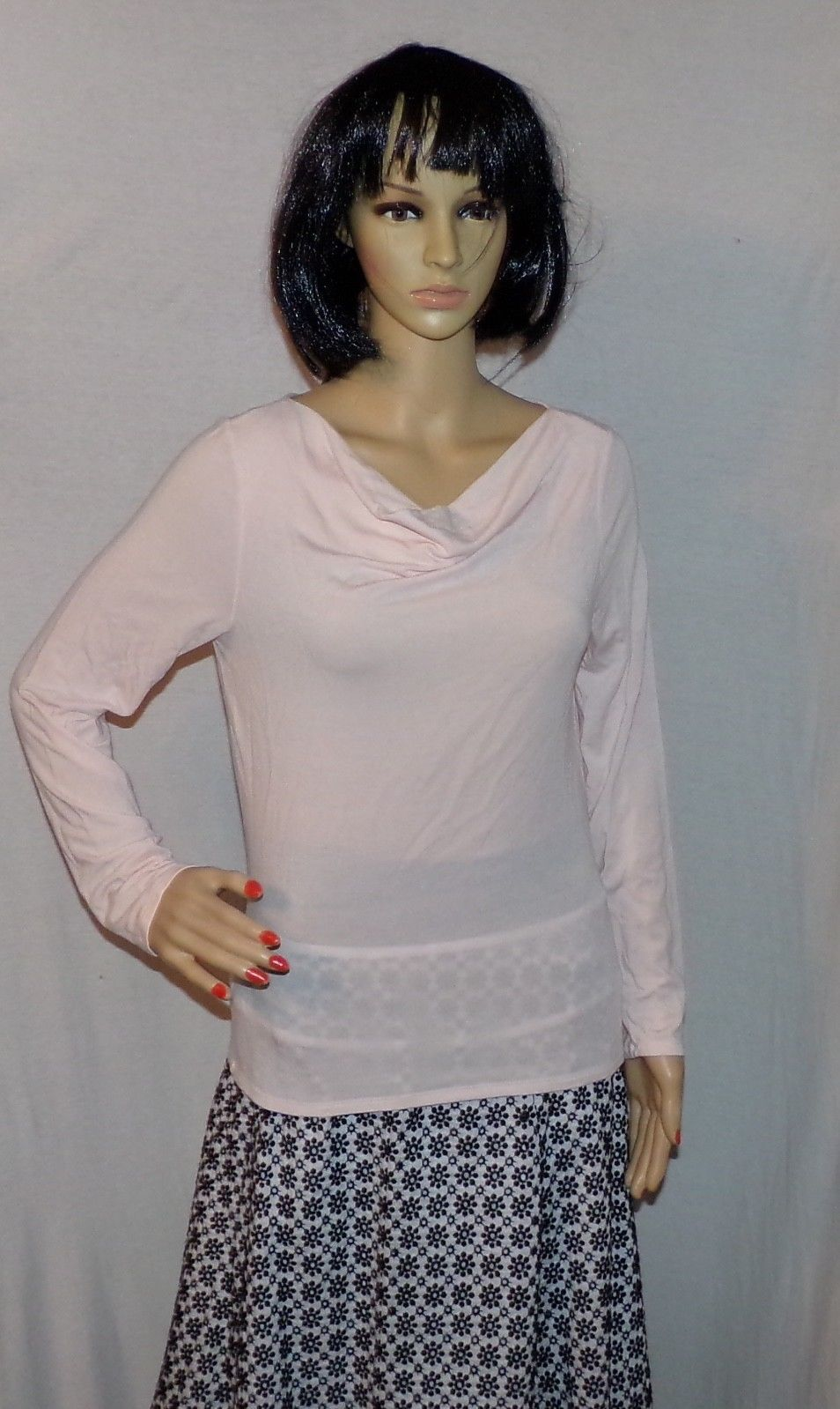 Woman's Top Pink Blouse Stretch to Fit Size M Long Sleeved by The GAP