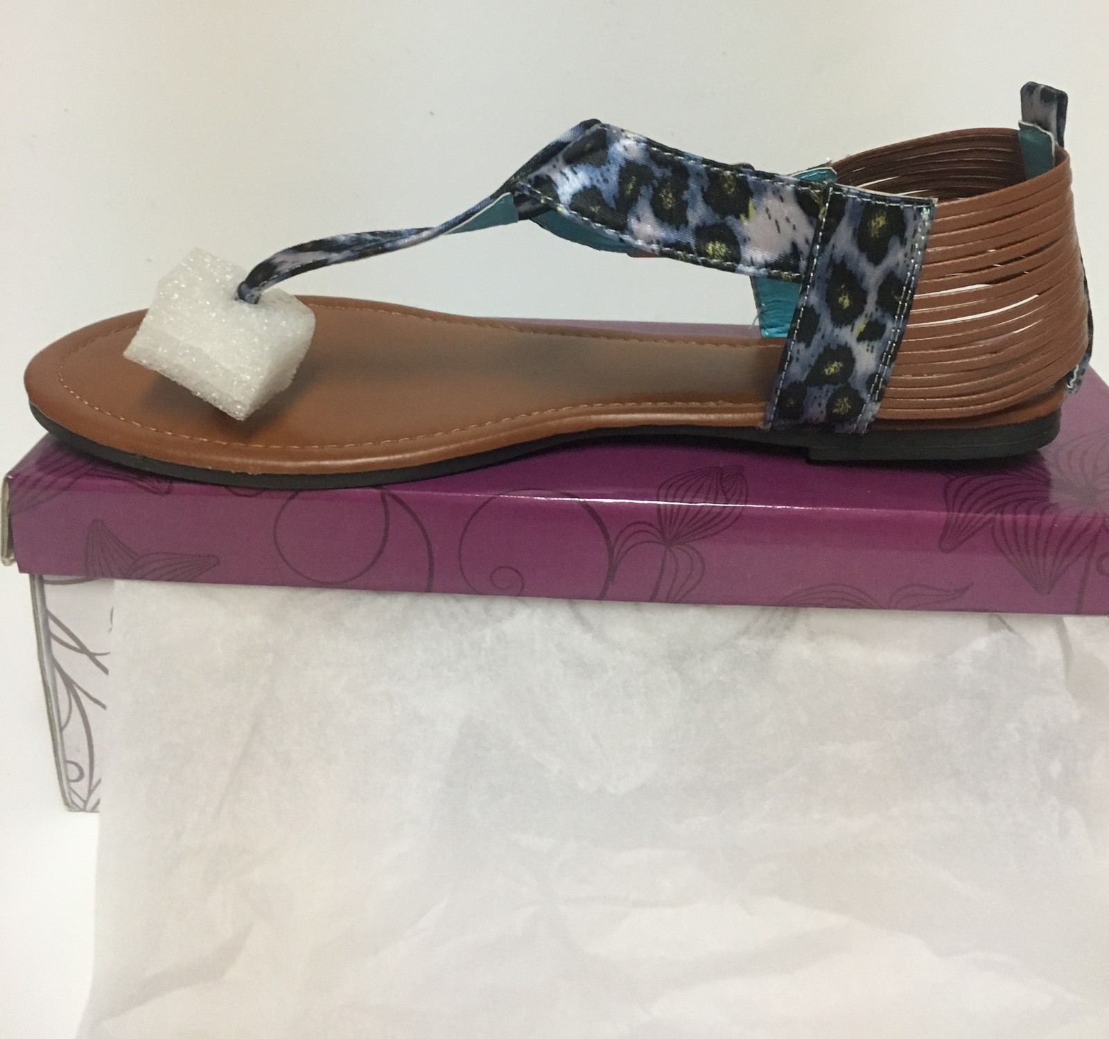Izzy Summer Sandals Silver or Blue Sz 10, 11 Animal Print