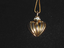 VTG Gold Tone CZ Cubic Zirconia Encrusted Heart Dangle Necklace - $29.70