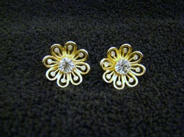 Vintage Gold-Toned Flower Clear Faux Diamond Rhinestone Screw-On Earring... - $11.87