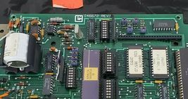 HONEYWELL LEEDS & NORTHRUP 046672 CIRCUIT BOARD image 5