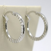 18K WHITE GOLD CIRCLE HOOPS STRIPED AND HAMMERED EARRINGS 21 MM x 2 MM, ITALY image 2