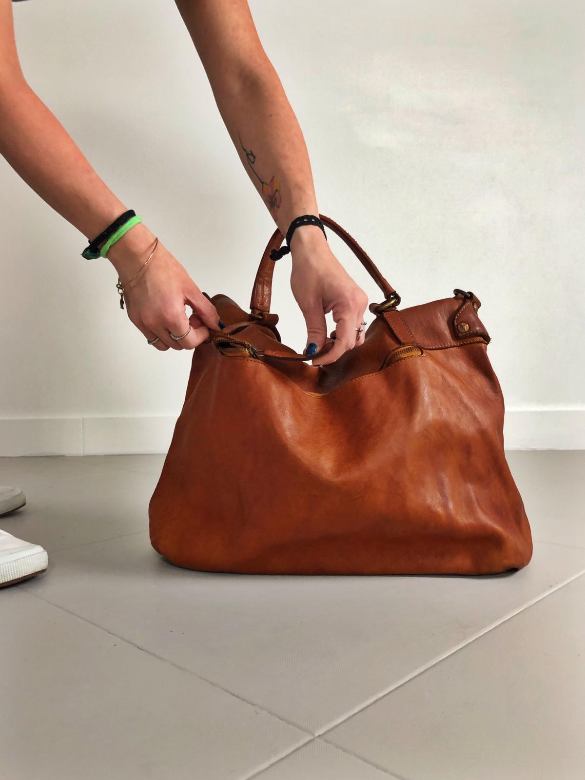 MAIL BAG handmade leather bag image 3