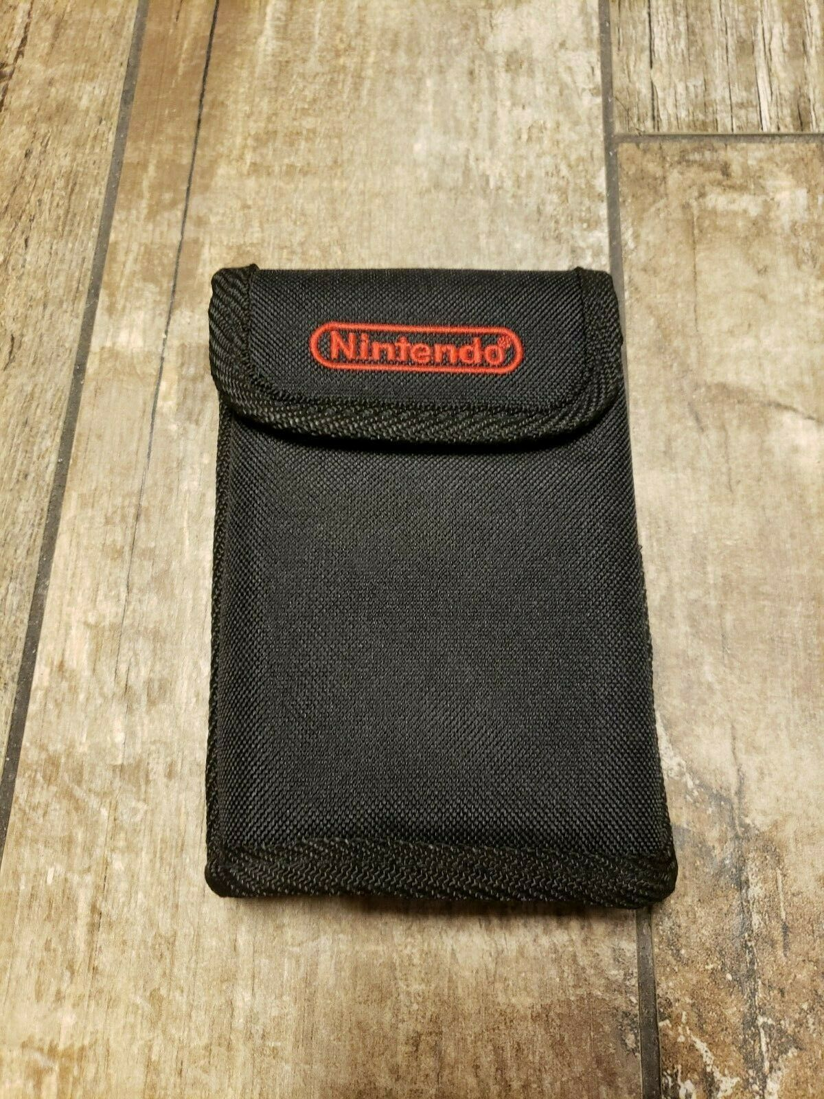 Primary image for Nintendo Case Great Condition Fast Shipping