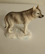 Wolf On Snowy Ground Polyresin figurine - $4.17