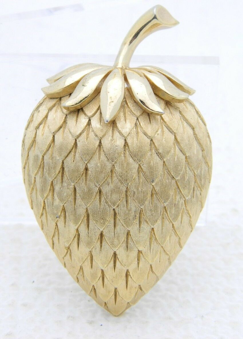 Primary image for VTG 1962 CROWN TRIFARI Gold Tone Acorn Strawberry Pin Brooch