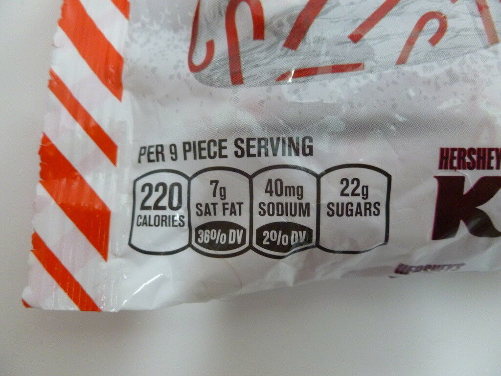 Hershey's Candy Cane Kisses Mint Candy with Stripes & Candy Bits 10 oz bag
