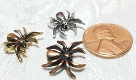 CRAWLING SPIDER FINE PEWTER BEAD - 15x14.5x4.5mm image 2