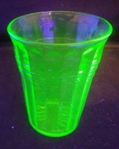 Vintage Anchor Hocking Uranium Ware Juice Glass ~ Mcm & Mint Condition - $11.88