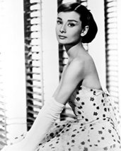 Audrey Hepburn Lovely Pose 1950'S 8X10 B&W 16x20 Canvas Giclee - $69.99