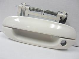 OEM Cadillac CTS DTS Driver Side Left LH Front Door Outside Handle Exterior 8554 - $19.99