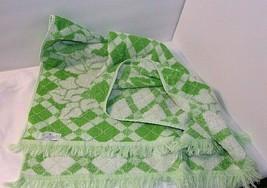 Green White Sculpted Bath Towels Fringe Vtg Cannon Floral Pair Trellis F... - $29.69