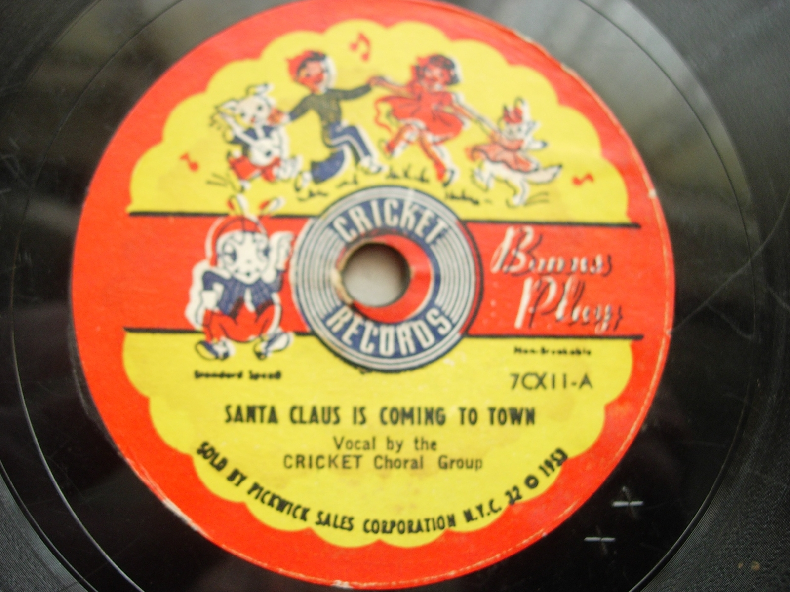 Cricketones - Ding-A-Ling Dong, The Sleigh Bell Song - Cricket Records 7CX11
