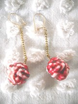 VINTAGE CRANBERRY RED & WHITE PLASTIC POPCORN BALL HOLIDAY DROP-DANGLE E... - $5.99