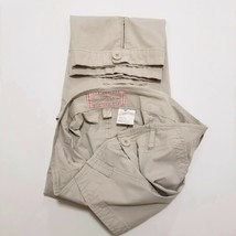 PLUGG Junior Girls Gray & Pink Stretch Cargo Capris Size 11 (22 Inseam) Pants - $16.55