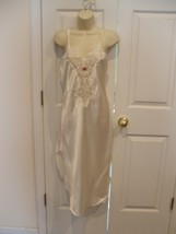 New in pkg corina   IVORY SATIN LACE BODICE NIGHT GOWN made in usa SMALL - $33.66