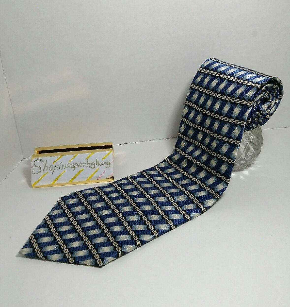 Monterey Bay By J. Blades and Company mens tie Blue with chain design USA EUC