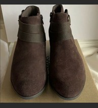 Clarks Addiy Cora Brown Suede Boot For Women Sizs 8.5 New  - $79.48