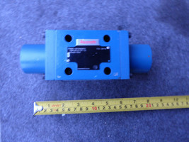 REXROTH DIRECTIONAL VALVE R978900912 # 4WP10C31/0F/12S043A-1504 image 1