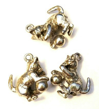 CAT PLAYING WITH A BALL OF YARN FINE PEWTER CHARM image 1