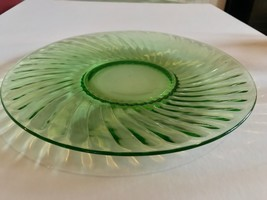 "Anchor Hocking or Imperial Twisted optic green Spiral dinner plate 10"" S... - $24.70"
