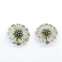 Vintage Sarah Coventry Signed Goldtone Silvertone Sunflower Clip On Earrings - $14.54
