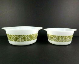 Pyrex Bowls Set of 2 Verde Green with Square Flowers 1.5 & 1.0 Qt #474B & #472 - $21.73