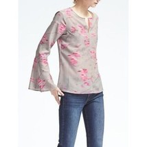 Banana Republic Bell-Sleeve Ikat Top Gray Multi 100% Polyester Size M, Pre-owned - $37.99
