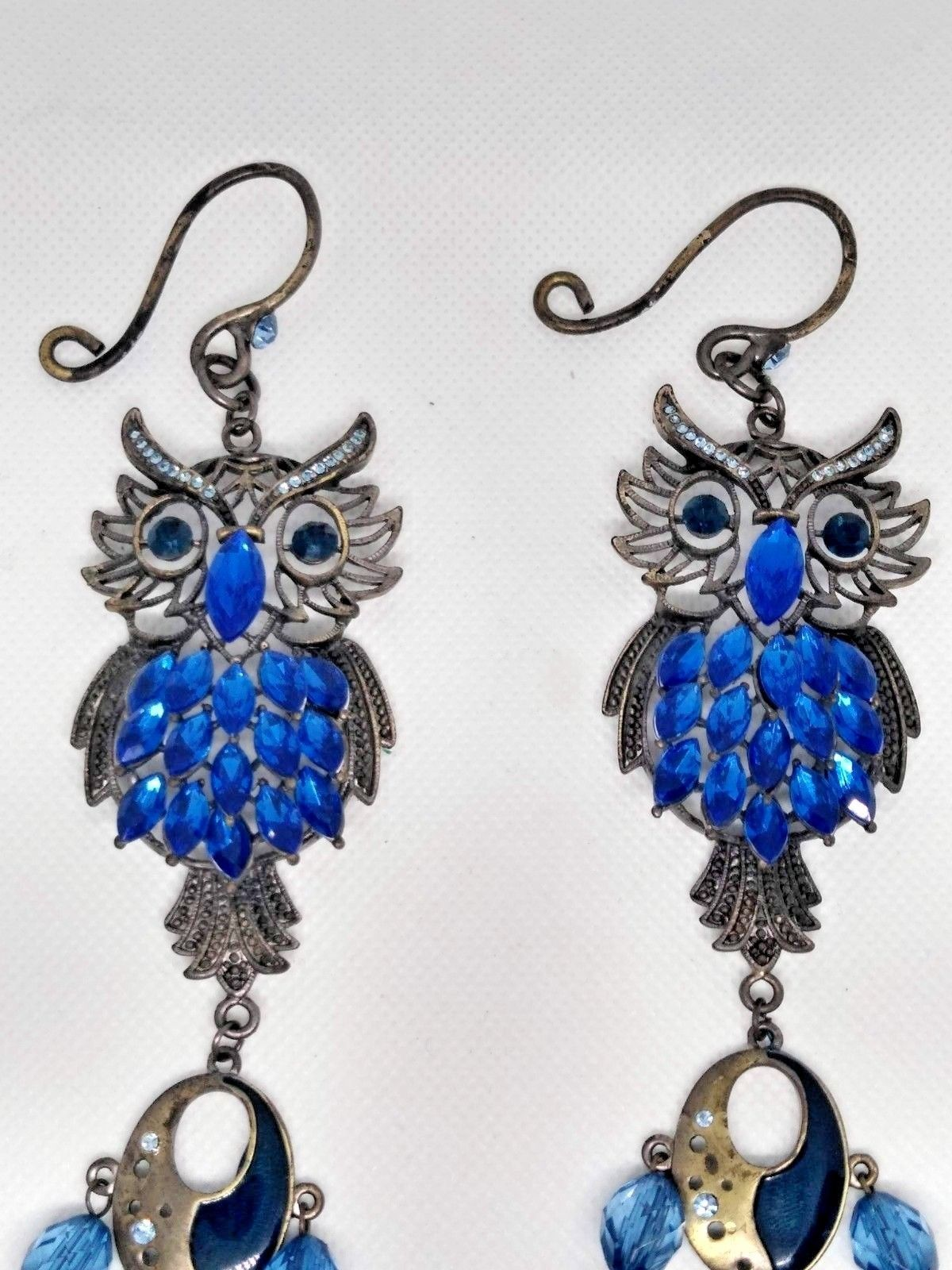 SET OF 2 HANGING OWL ACCENTS WITH FAUX BLUE STONES