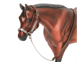 <><  One Western Stock Show Halter & Lead Item 2490 traditional size nice - $9.74