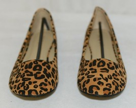 Anna Truman 1 Loepard Print Suede Womens Flats Size 7 And Half image 2