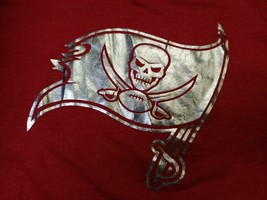 Tampa Bay Buccaneers NFL Red T-Shirt Shiny Silver Logo Girls Size Large - $12.99