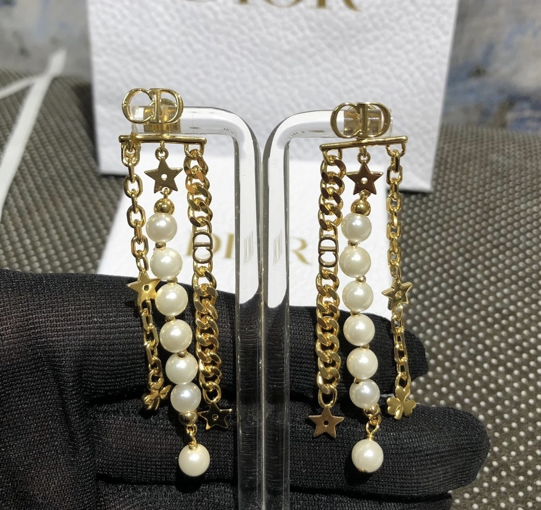 AUTH Christian Dior 2019 DANSEUSE ETOILE MULTI STRAND STAR EARRINGS PEARL GOLD