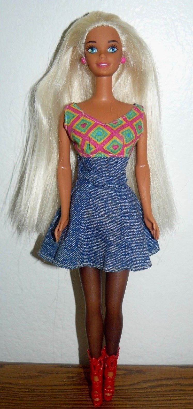 3c109fb667ca Mattel Barbie Twist N Turn Dark painted legs and 50 similar items. S l1600