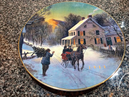 "1988 AVON ""Home For The Holidays"" Christmas Collectible Porcelain Plate  - $6.00"